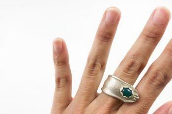 anillo agata verde