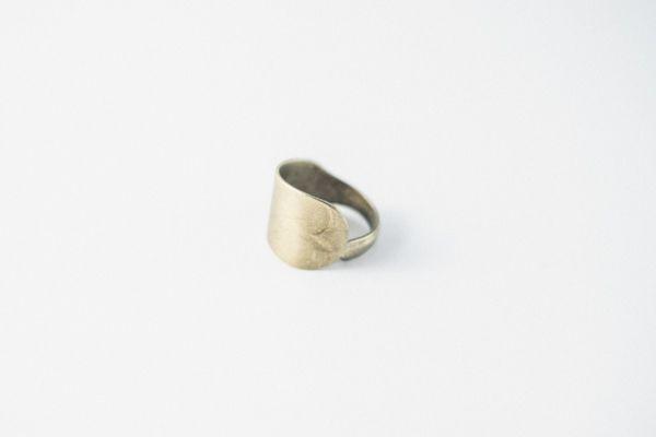 anillo shakti liso dorado